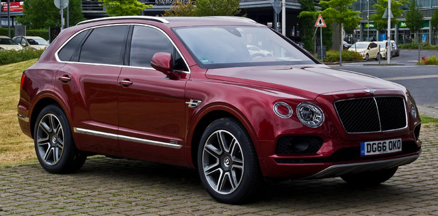 Bentley Bentayga (4V)