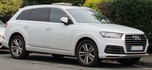 Audi Q7 (4M)