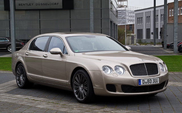 Bentley Continental Flying Spur (3W2)